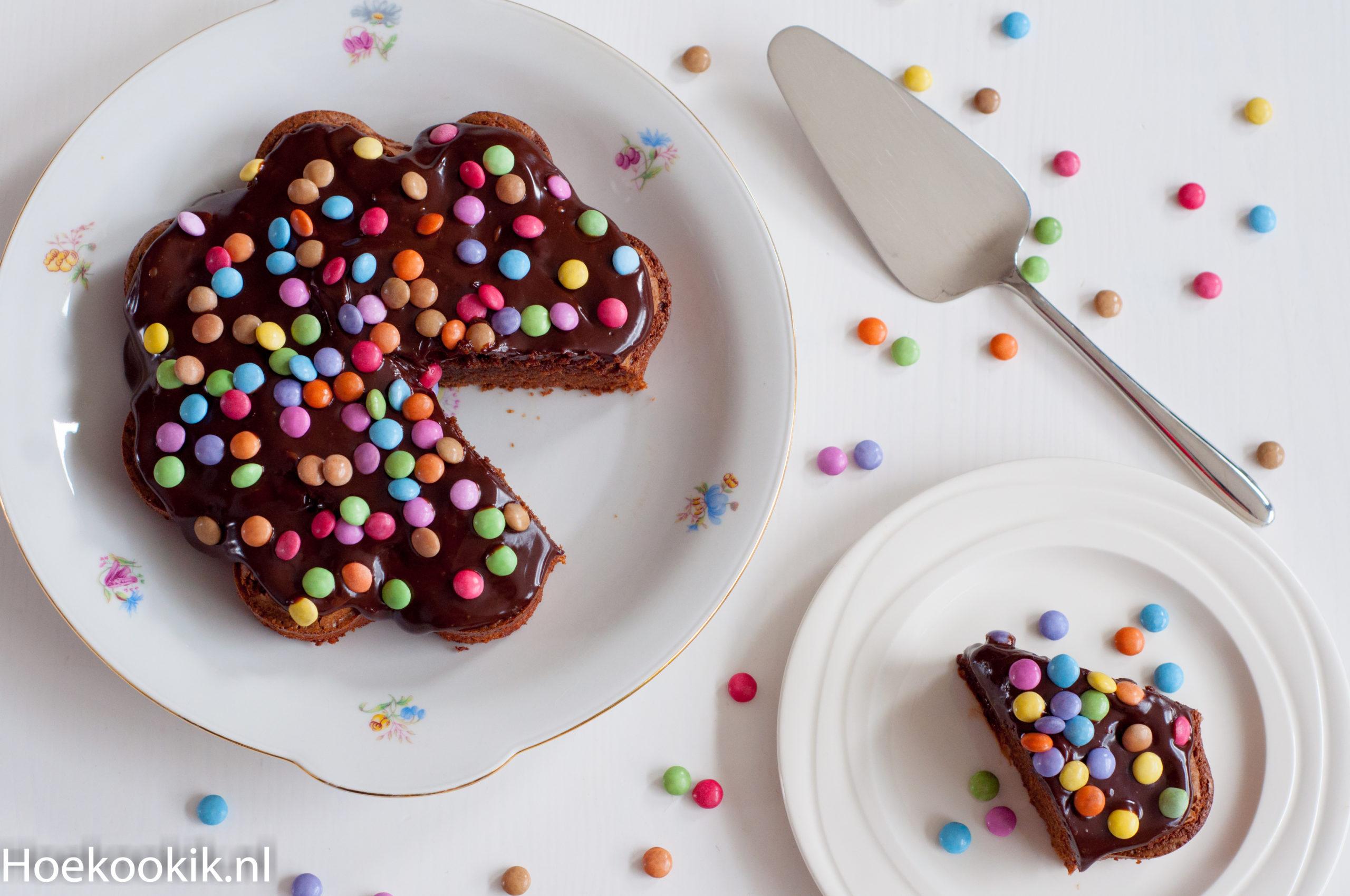 Chocoladecake met smarties